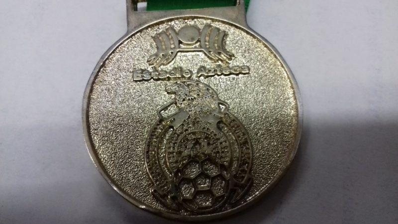 Santiago Cuautlalpan: meca de los trofeos en México