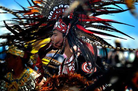 Plumas en el tiempo. Danzantes en la Ciudad de México