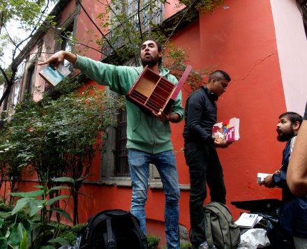 La cháchara que subasta libros y rescata espacios